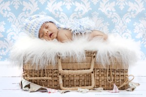 baby box 300x200 Newborn Baby Photography